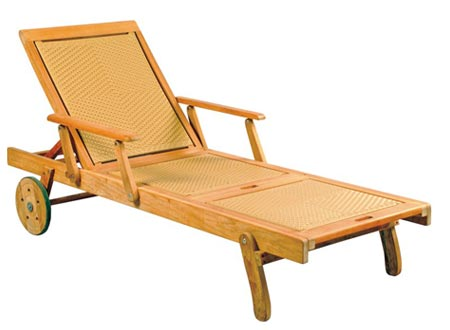 Wicker Sunlounger