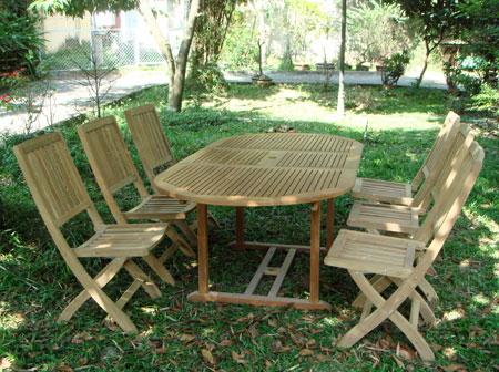 Oval Extension Table & Folding Chair