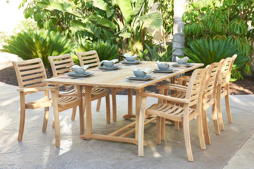 Outdoor Set: Rectangular Extension Table & Stacking Chair