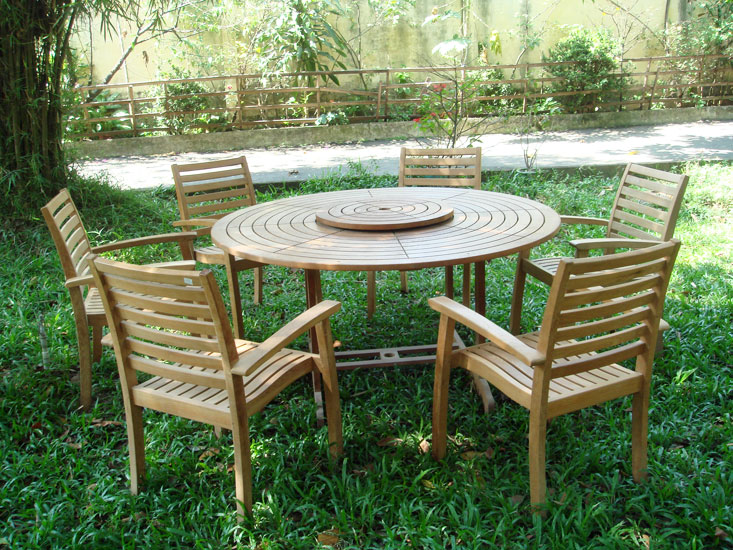 Round Table & Stacking Armchair